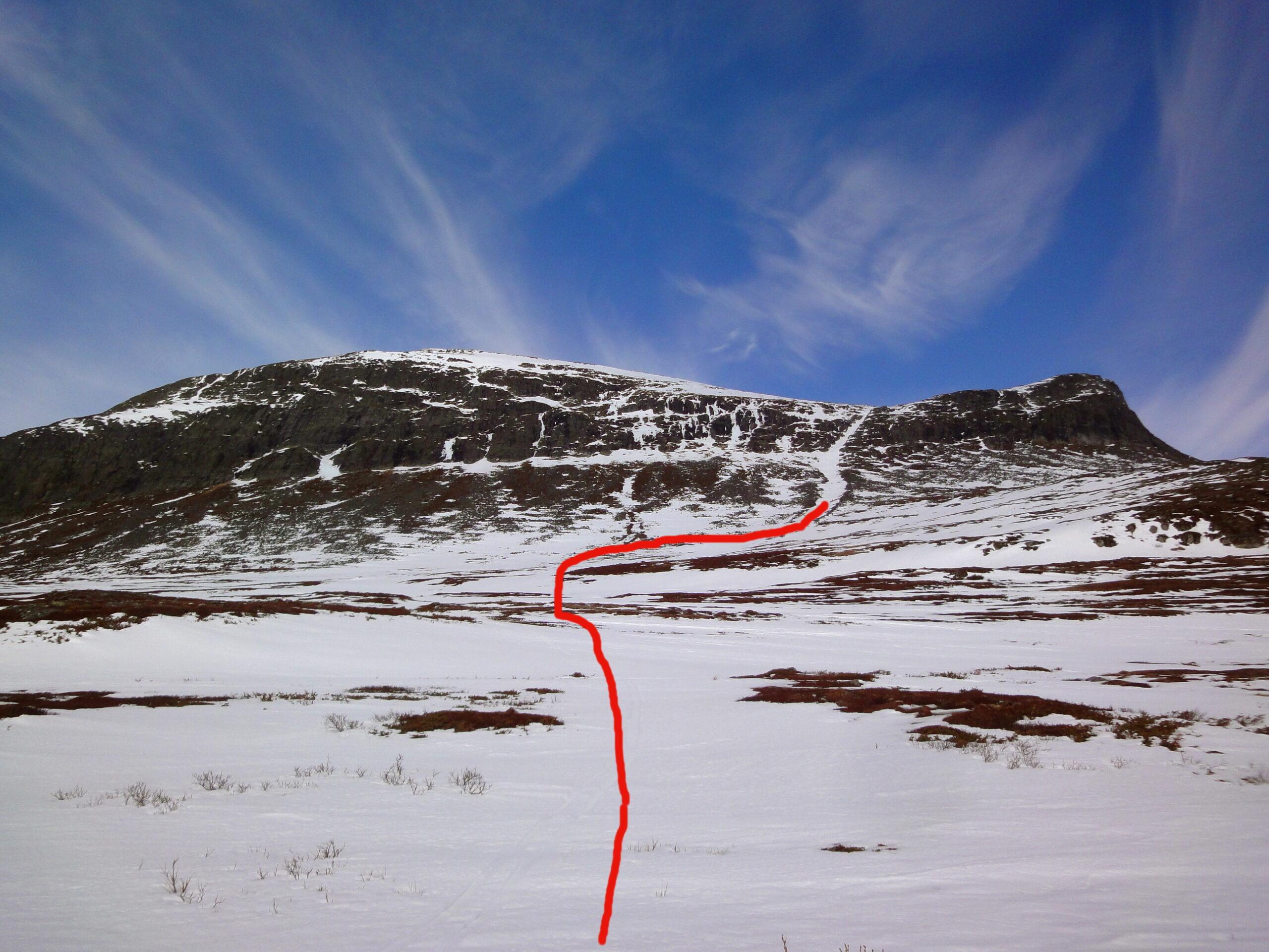 """Pilgrimsrännan"" SE Predikstolen, Beallehkse 1682m TD-S4-E3-45° 2014-04-20"